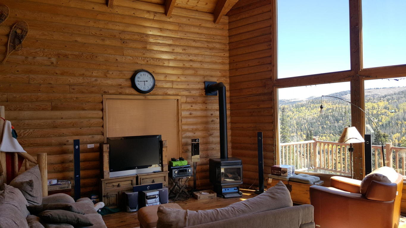 BRIAN HEAD REAL ESTATE, Full Log View Cabin for sale