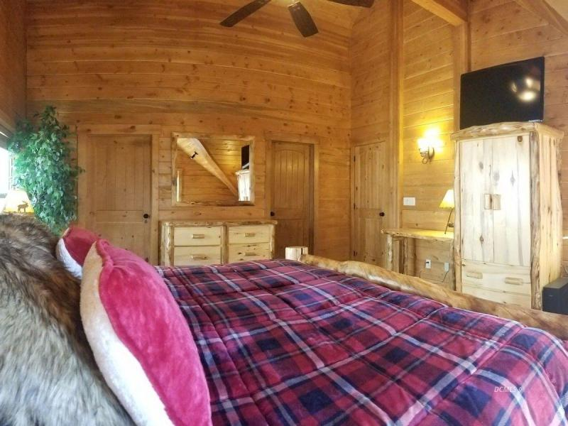 Brian Head Log Cabin for sale
